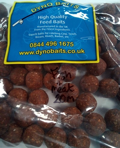 20mm HIGH GRADE SHOCK FISH & MEAT BOILIES 500g DYNO BAITS