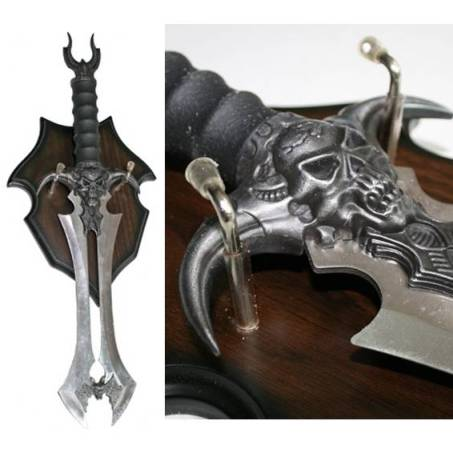 Fantasy Skull and Bat Dagger on Plaque (106200)