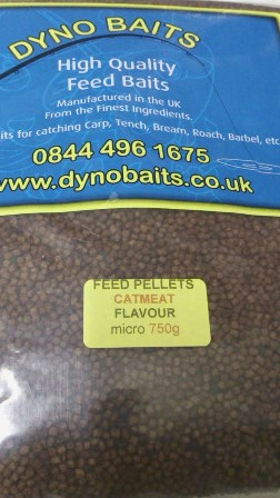 CAT MEAT FLAVOUR FEEDER PELLETS ( micro ) ( DYNO BAITS ) 750g bag